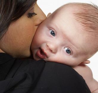baba-fejlodes babafejlődés, babafejlődés, babafejlődés hétről hétre, baba fejlődése hónap, hónapos baba
